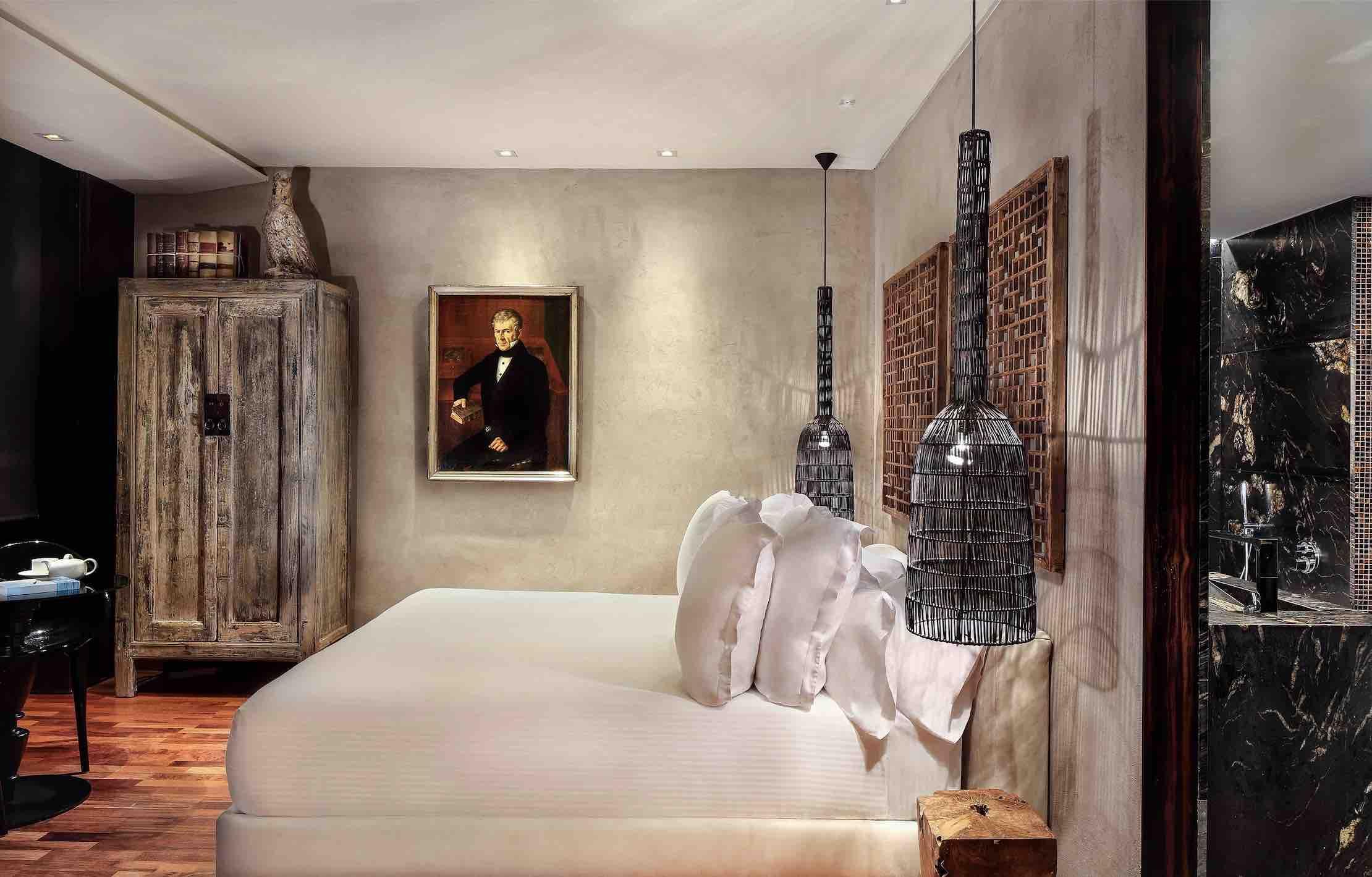 Hotel Claris Grand Luxe Barcelona-cl-junior-suite-9 copy