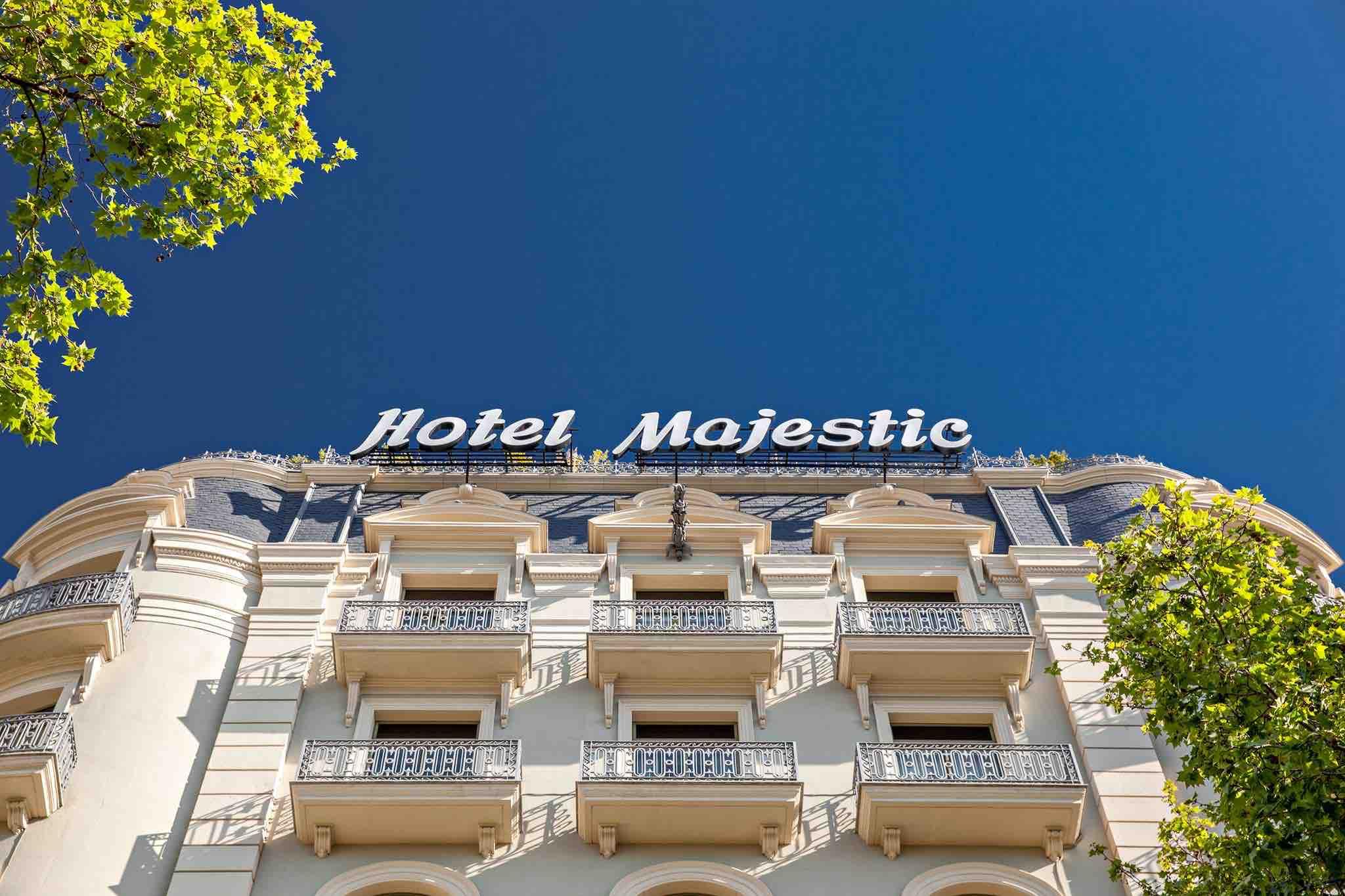 Majestic Hotel & Spa Barcelona exterior
