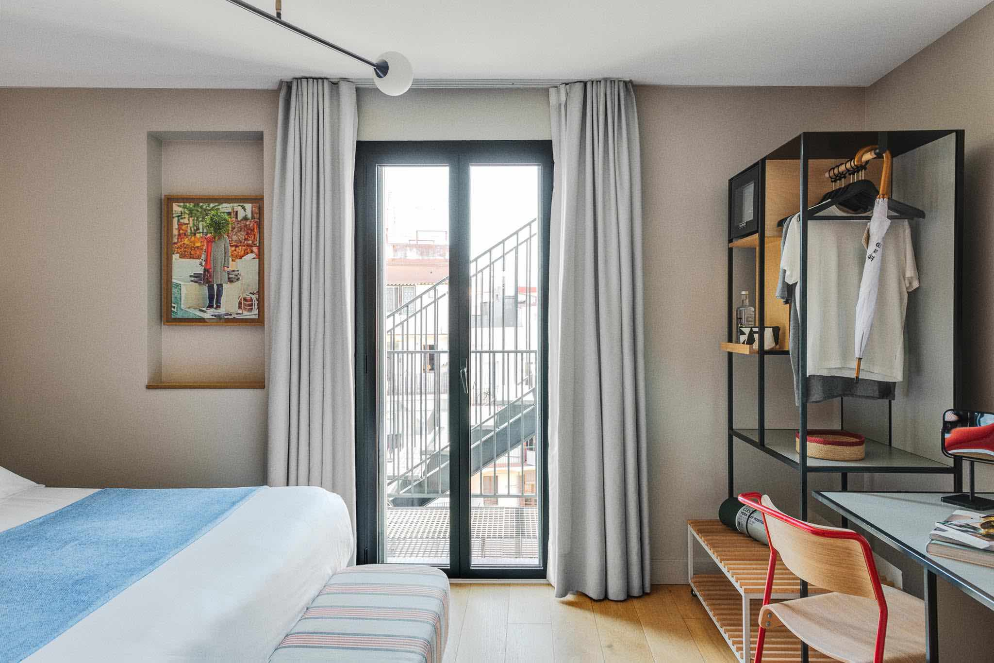 brummell-rooms-poolside with city view from top boutique hotels in Barcelona room